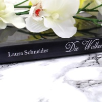 Laura Schneider - Die Wolkenkriegerin + Gewinnspiel